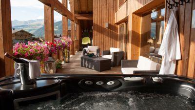 The Peak Balcony Hot Tub